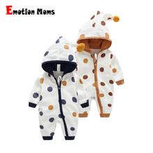 купить Newborn Baby Winter Hoodie Clothes 100% Cotton Baby Girls Boys Round Dot  Climbing New Outwear Rompers Jumpsuit With Zipper по цене 1335.84 рублей