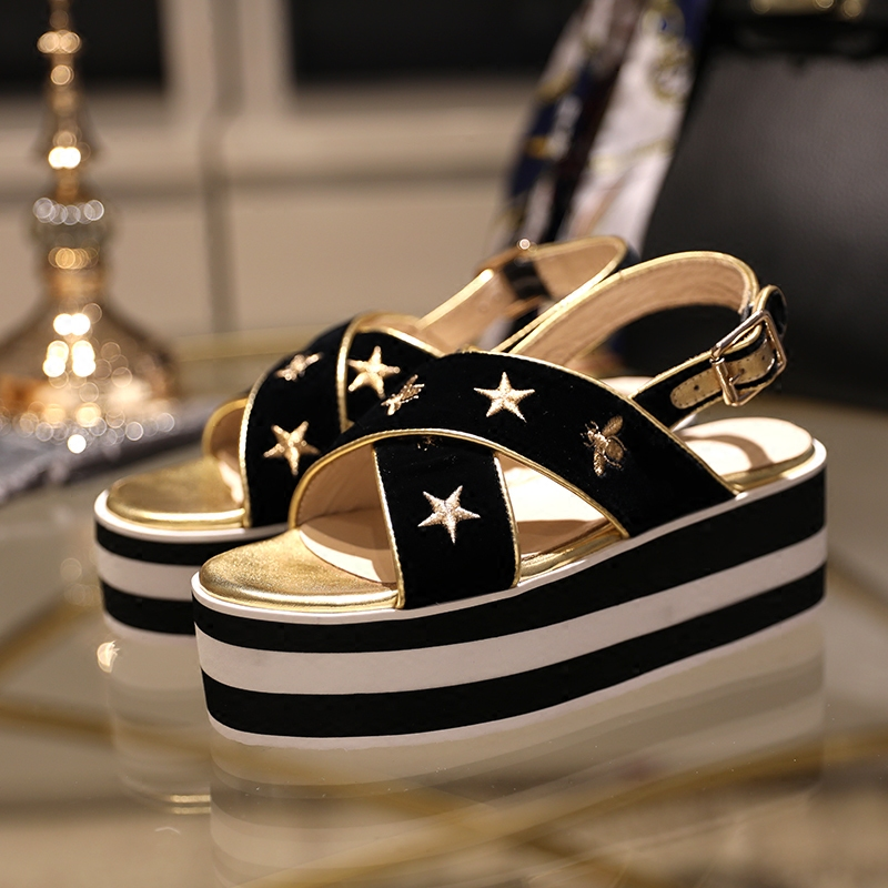 2018 Gold Embroidered Stars Pattern Woman Sandals Wedges Woman Gladiator Fashion Summer Shoes Animal Decor Brand Platform Shoes2018 Gold Embroidered Stars Pattern Woman Sandals Wedges Woman Gladiator Fashion Summer Shoes Animal Decor Brand Platform Shoes