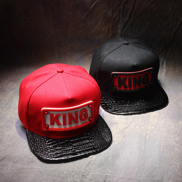 2016 King Style Snapback Unisex Fitted Hats Black And Red Adjustable Caps  Hiphop Baseball Skateboard Hats For Men Women 3C425 d2a3d632136