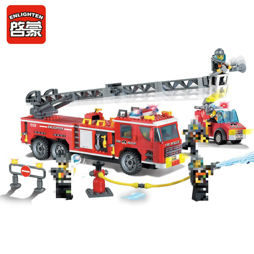 607pcs Enlighten Building Block Fire Rescue Scaling Ladder Fire Engines 5 Firemen Educational Lepins Figures Toy for Children hot city fire rescue ladder engine truck building block fireman figures bricks educational toys for children gifts