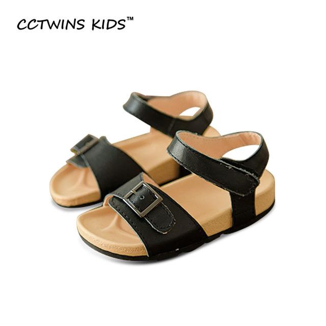 CCTWINS KIDS Summer 2017 Marca Hollow Pu Sandalias de Cuero de Playa Niño Niños Moda Blanco Plana Niña Zapato Negro B693