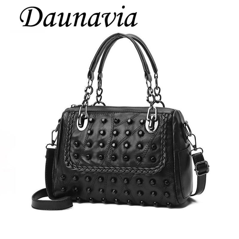 DAUNAVIA 2017 New Fashion Famous Brand Rivet Knitting Black Women Bag Female Messenger Bags Large Tote Ladies Shoulder Handbag 2017 hot sales female fashion women cute messenger bags rivet shoulder bag leather crossbod new brand a8
