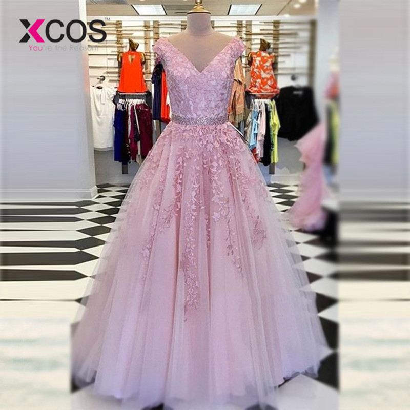 XCOS Gorgeous Ball Gown V-neck Sleeveless Pink Lace Long Formal   Dress   Women Long   Prom     Dresses   2018 Robe de Soiree