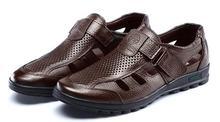 Sandalias de cuero de los hombres 2017 nuevos ahuecan hacia fuera los zapatos de los hombres sandalias de cuero del ocio zapatos casuales para hombre más el tamaño 38-44