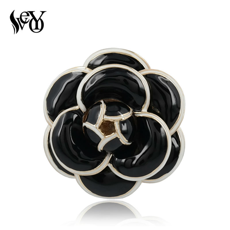 VEYO  Refined Elegant Glazed Designers Camellia Flower Broochs for Women Fashion Jewelry High Quality Zinc Alloy