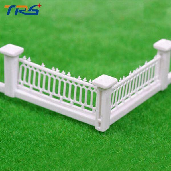 1/100 escala casa de Bonecas Em Miniatura modelo arquitetônico guardrail Jardim de Fadas Resina Paisagem Cerca de Decoração