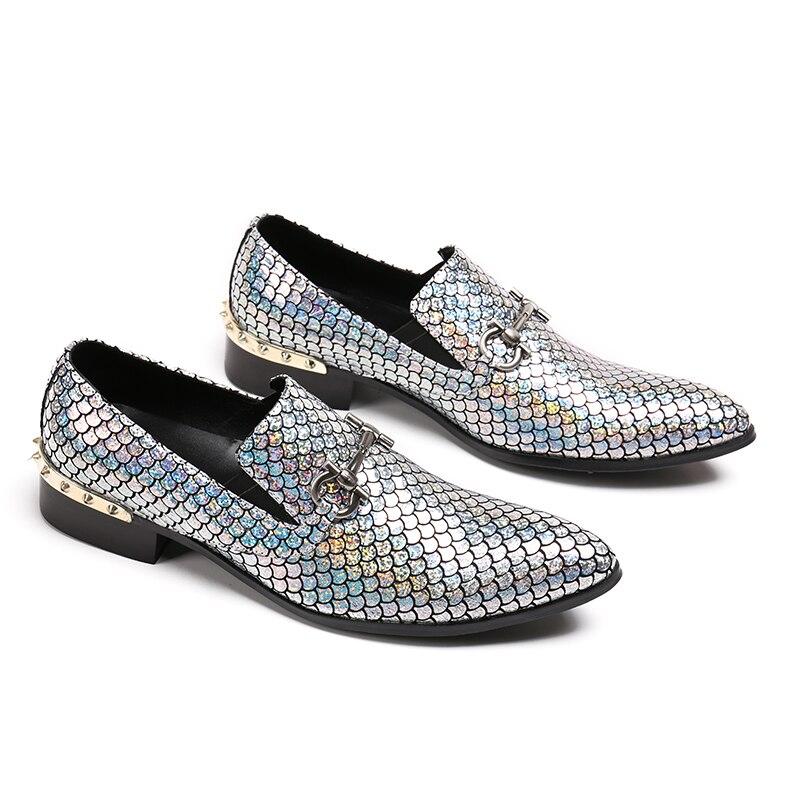 Ayakk.'ten Resmi Ayakkabılar'de Yeni Hakiki Deri erkek Flats Erkekler parlak glitter ayakkabı erkekler sigara terlik Balo ve parti erkek loafer'lar Boyutu 4  12'da  Grup 3