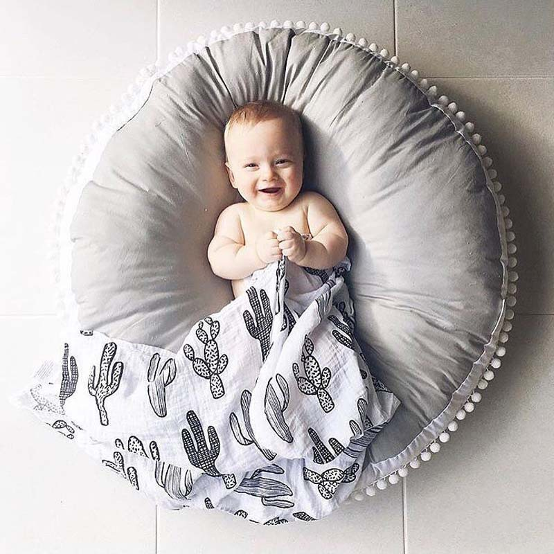 Ins Thick Round Baby Blanket Play Game Mats Pom Pom Crawling Rug Children Toy Mat Carpet