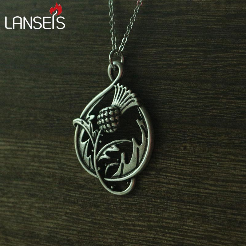 1pcs Scottish Thistle Double-Sided CannibalPlant pendant necklace plant it's inspired by the Scottish national emblem цена