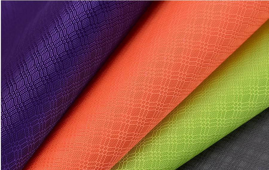 420D three-line diamond-shaped lattice ripstop fabric, PU coated waterproof Oxford cloth,bags,shoes material. 500g sqm waterproof oxford cloth 420d thick pvc fabric waterproof material