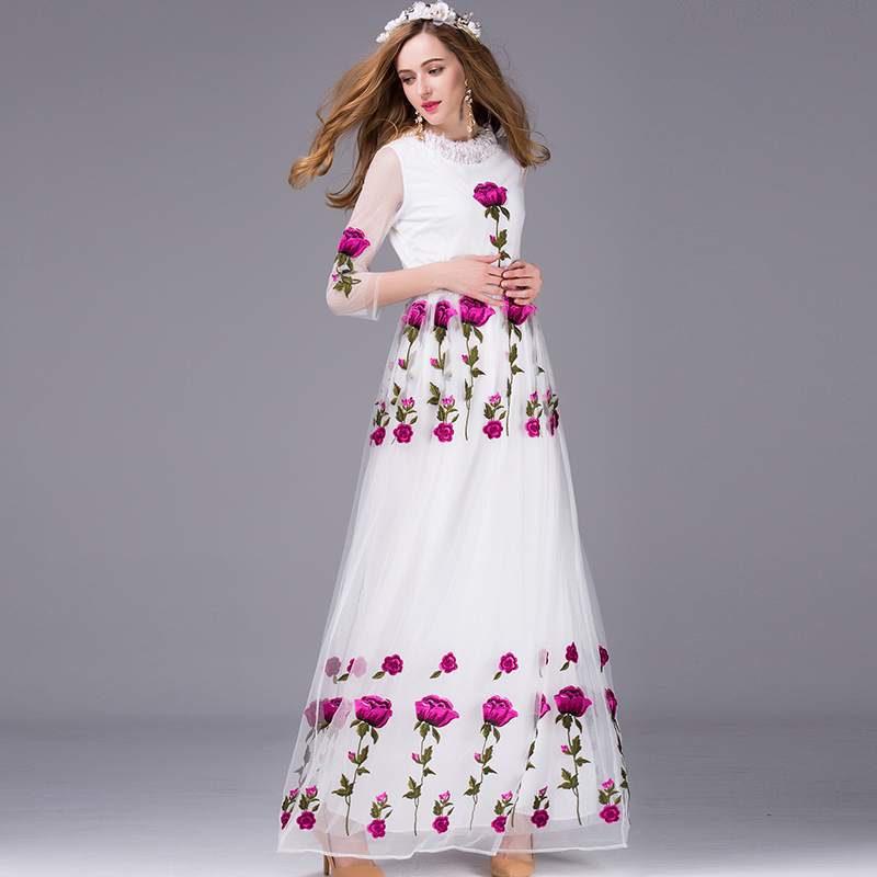 Long Dress with Roses