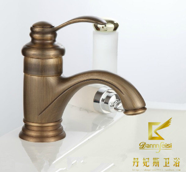 2015 Promotion Faucet Bathroom Tap Sink Fashion Faucet Gold Antique Vintage Copper Single Hole Beightening Basin Hot And Cold 2015 new arrival kitchen faucet tap fashion copper antique and porcelain counter basin hot cold faucet vintage wash single hole