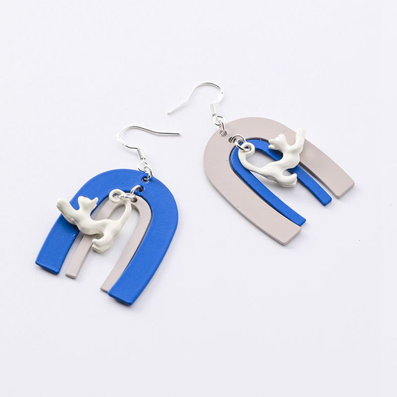 Geometry Color-matching U-shaped Metal Sheet Cat Earrings Cute Simple Childlike Horseshoe Acrylic material Hoop Ear Jewelry 2019 image