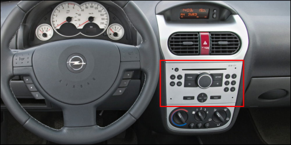 radio cd player Opel-Combo-Interior-Dashboard