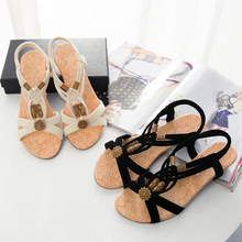 [H][C]2017 Bohemian Women Summer  Sandals low Heel Flip  Shoes With Sunflower Beads Flat Shoes  Size 36-40 .KL-1503