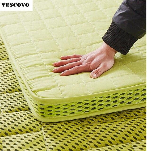 Il trasporto libero ispessisce materasso di massaggio doppio singolo dormitorio materasso in fibra di bambù aria materassino da campeggio