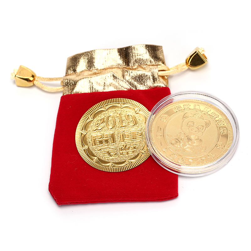 2019 Cartoon Pig Fortune Lucky Coin Year Of Pig Coins With Drawstring Velvet Bag New Year Gift Home Decor Gold Plated Random