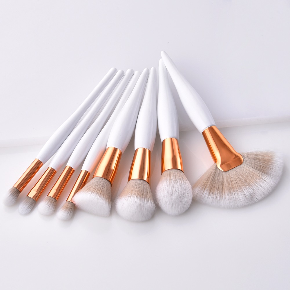 ENNKE 8 pcs/set makeup brush kit soft synthetic head wood handle fan flat brush set