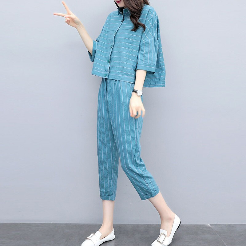 2019 Summer Blue Striped Two Piece Sets Outfits Women Plus Size 3/4 Sleeve Shirts And Cropped Pants Suits Casual Elegant Sets 28