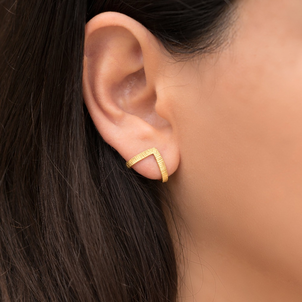 Brincos Para As Mulheres Triangle Earrings Minimalist Studs Geometric Huggie Statement Unusual Zinc Alloy Pendientes For Acer in Stud Earrings from Jewelry Accessories
