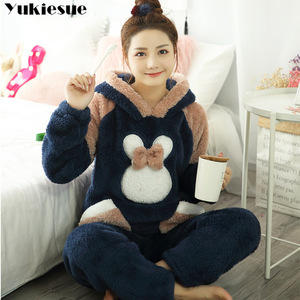 Image 1 - Новинка 2018, осенне зимний фланелевый пижамный комплект для женщин, пижама с капюшоном и медведем, теплая пижама из кораллового флиса, домашняя одежда