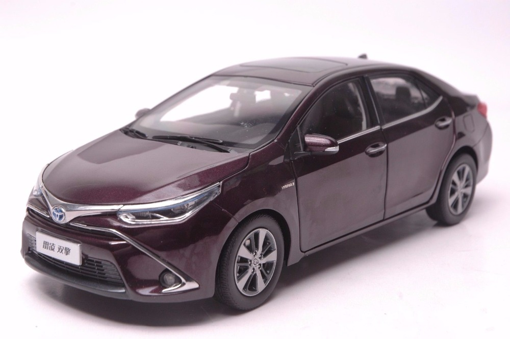 1:18 Diecast Model For Toyota Corolla Levin Hybrid 2016 Purple Alloy Toy Car Miniature Collection Gifts