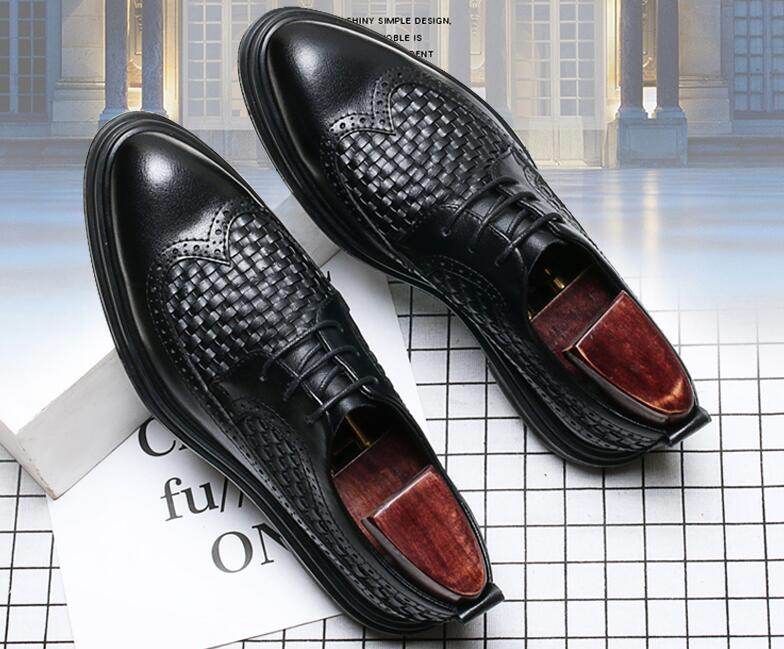 Dress shoes men lace up genuine leather flats platform height increasing shoes pointed toes weave black carved brogue shoes fashion genuine leather brogue shoes men spring new dress shoes formal shoes height increasing platform men shoes hot sale
