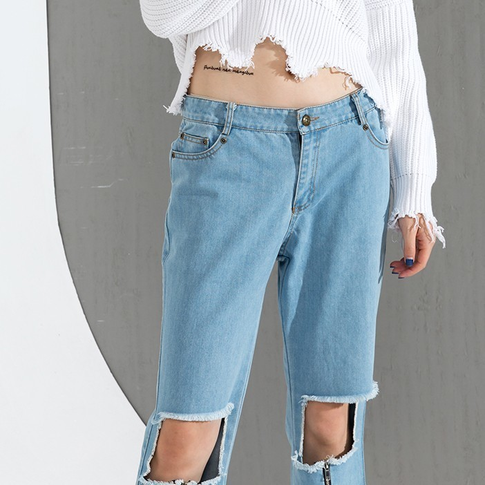 [IASK] 2017 Spring Summer Fashion New Hole Zipper Jeans Tide All-match Loose Straight Denim Tenths Pants Women Y64805S