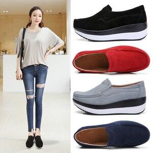 Image 5 - STQ 2020 סתיו נשים שטוח פלטפורמת נעלי גבירותיי זמש עור שטוח נעלי נשים להחליק על נעליים יומיומיות מוקסינים מטפסי 828