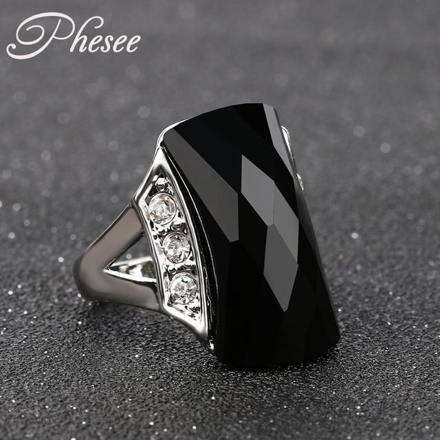 Phesee Black Resin Fashion Bijoux Crystal Rings Vintage Jewelry Female Retro Dai