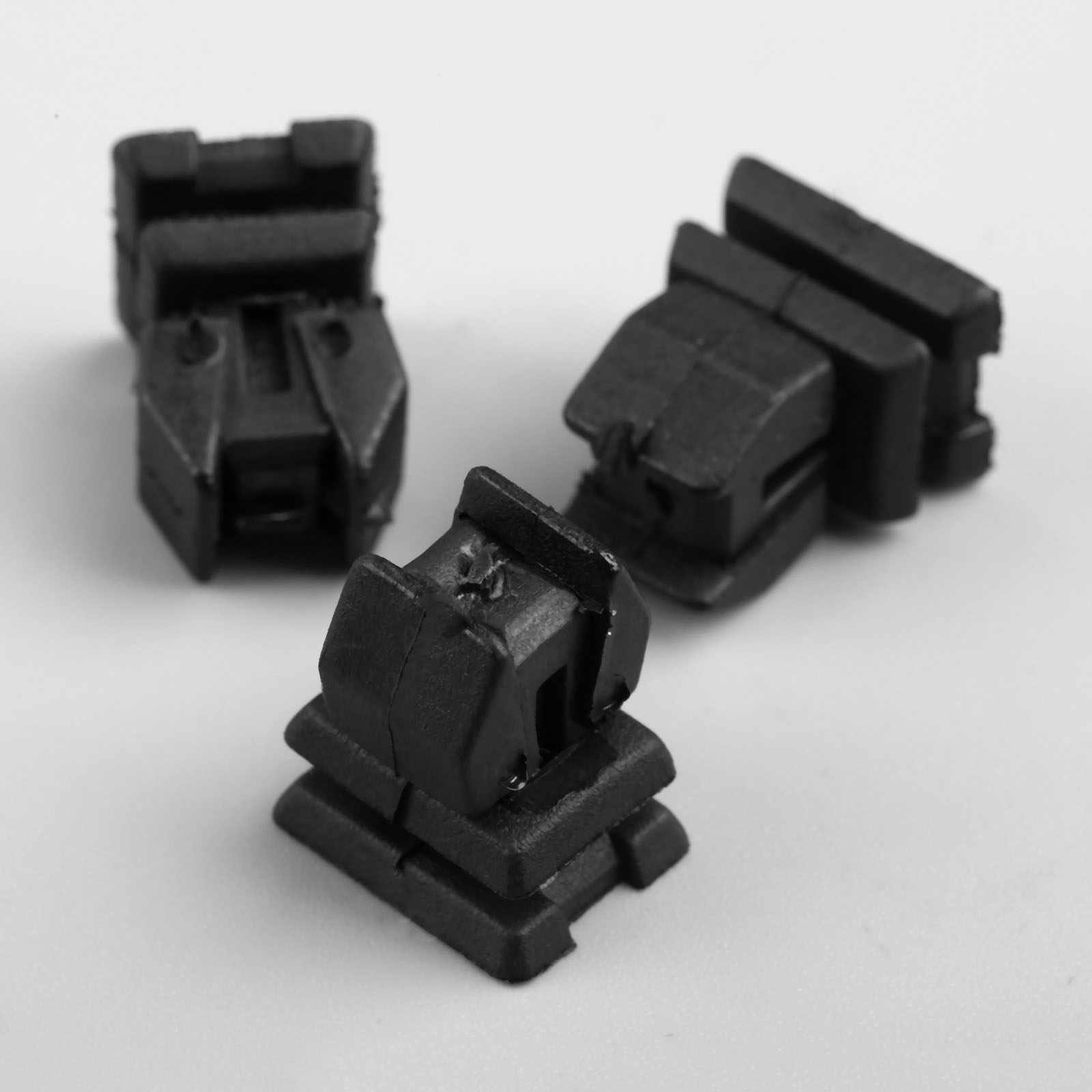 10 قطعة غطاء الكسوة الشريط البلاستيك السيارات السحابة لمرسيدس بنز SLK CLK SL S W220 W140 CLS فئة السيارات المسامير السيارات