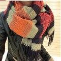 Envío Libre de Imitación de la Cachemira Bufandas de Las Señoras 2014 de La Borla de La Mujer Del Mantón de la Bufanda de Invierno Femenina Rayas Multicolor de la Moda Bufanda Caliente BKW
