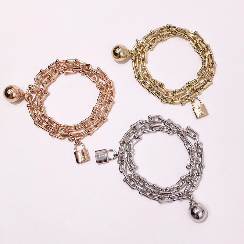 High-quality luxury brand letter jewelry ball lock U-shaped double bracelet for woemn Electroplated rose gold three-colorHigh-quality luxury brand letter jewelry ball lock U-shaped double bracelet for woemn Electroplated rose gold three-color