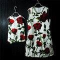 Женщины марка цветочные роуз печать карандаш платье мать и дочь платья семья посмотрите одежда платье партии девушки платья Без Рукавов