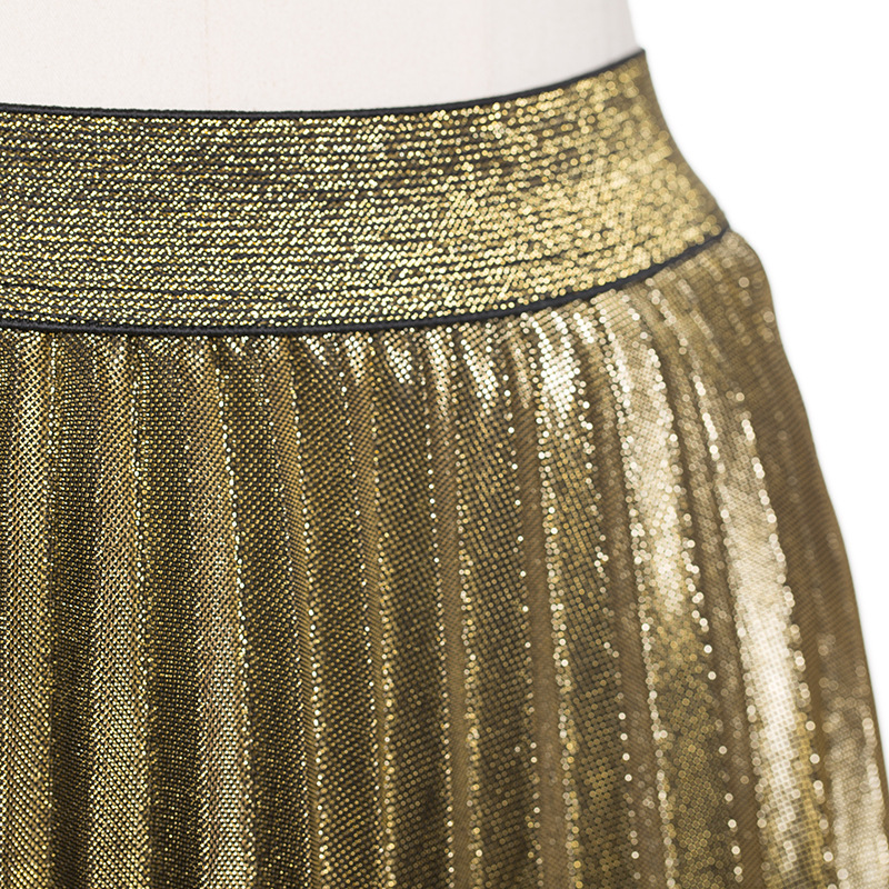 ba47195dd1828 2018 spring and summer new pleated skirt hot gold cultivated high waist  elastic big fishtail skirt folds beach skirt-in Skirts from Women s  Clothing on ...