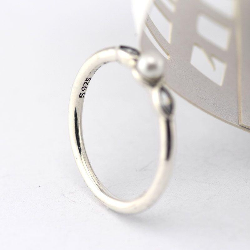 6acf1f3aa2db Anillos compatible con joyería Europea 925 plata esterlina anillo pequeño luminoso  hojas blanco perla y claro c. z estilo europeo en Anillos de Joyería y ...