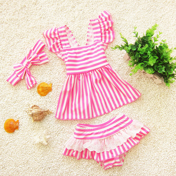 2017 Girls fashion new swimsuit 1 year old female baby swimsuit Children's three-piece swimsuit The girl striped swimsuit фото