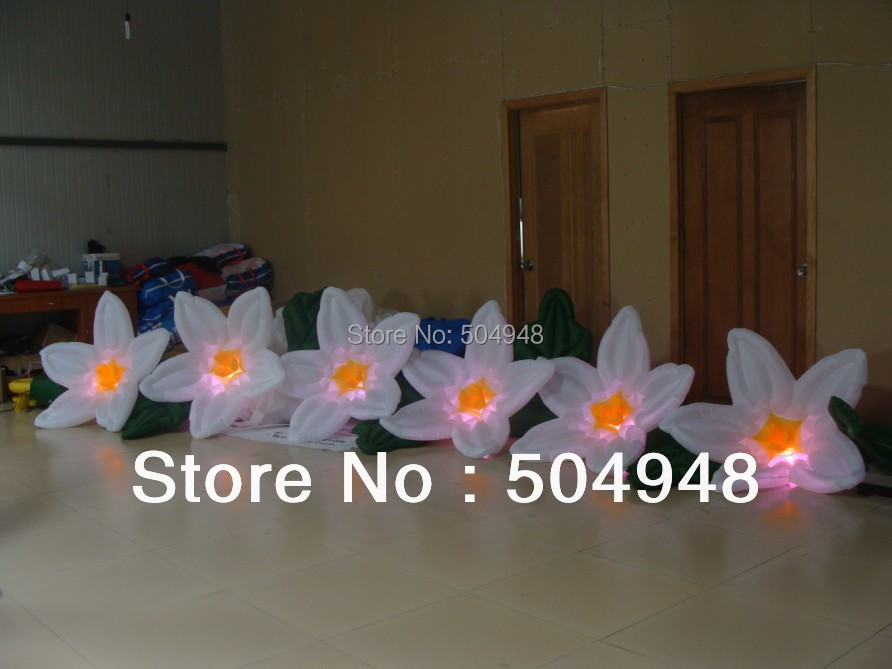 2017 Nice Inflatable Lighting Flowers цена