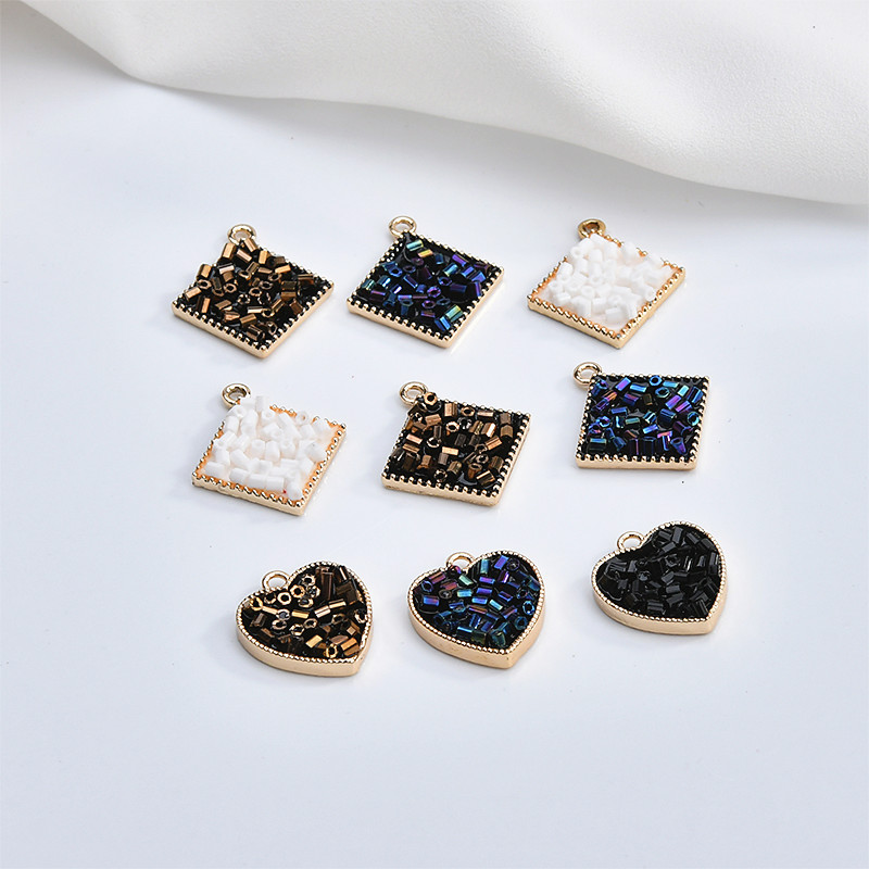 Free Shipping 3pcs/lot Fashion Seed Beads Paved Gold Tone Alloy Square Cube Lovely Heart Earring Charms Ornament Accessory Charm Bringing More Convenience To The People In Their Daily Life Charms