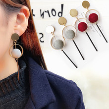 цены Adorn article original hand made design The minimalist temperament Geometric circles plush ball earrings Female pendant earrings