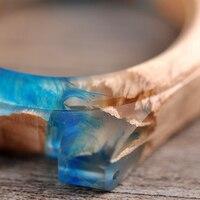 Reloj de madera y resina pulso cuero 3