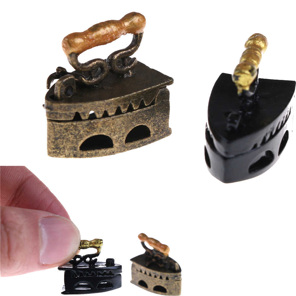 Hot Sale Mini Dollhouse Miniature 1:12 Toy Vintage Metal Black Iron Clothes Tool Urniture Toys Accessories