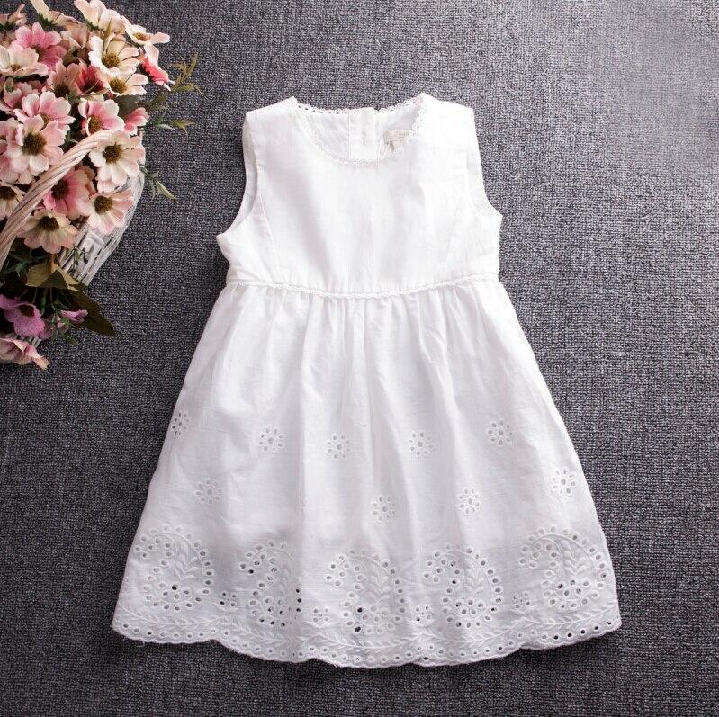 0bfcaef6d255d الأطفال ملابس الصيف طفلة أكمام القطن جيزة الصلبة الأبيض فساتين الاطفال  ملابس الأميرة الدانتيل زهرة جوفاء 6 قطعة الوحدة