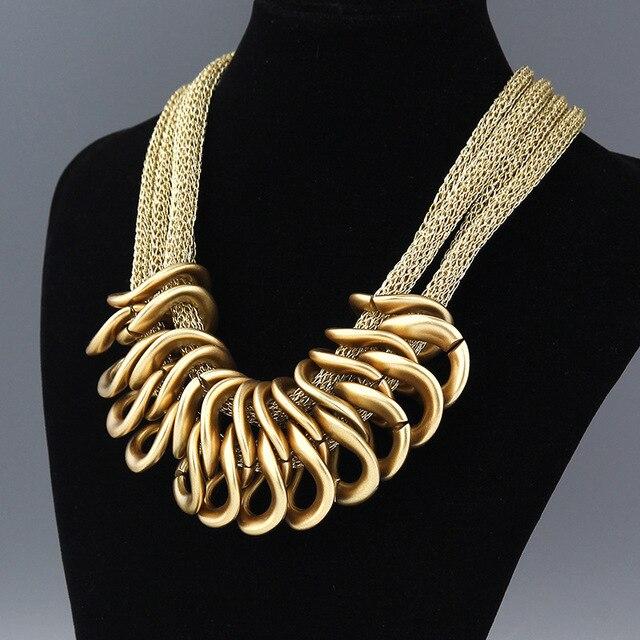 4566a0302e16 Collar de declaración moda mujer 2017 collar vintage grande grueso babero  borla gargantilla Cadena de seda