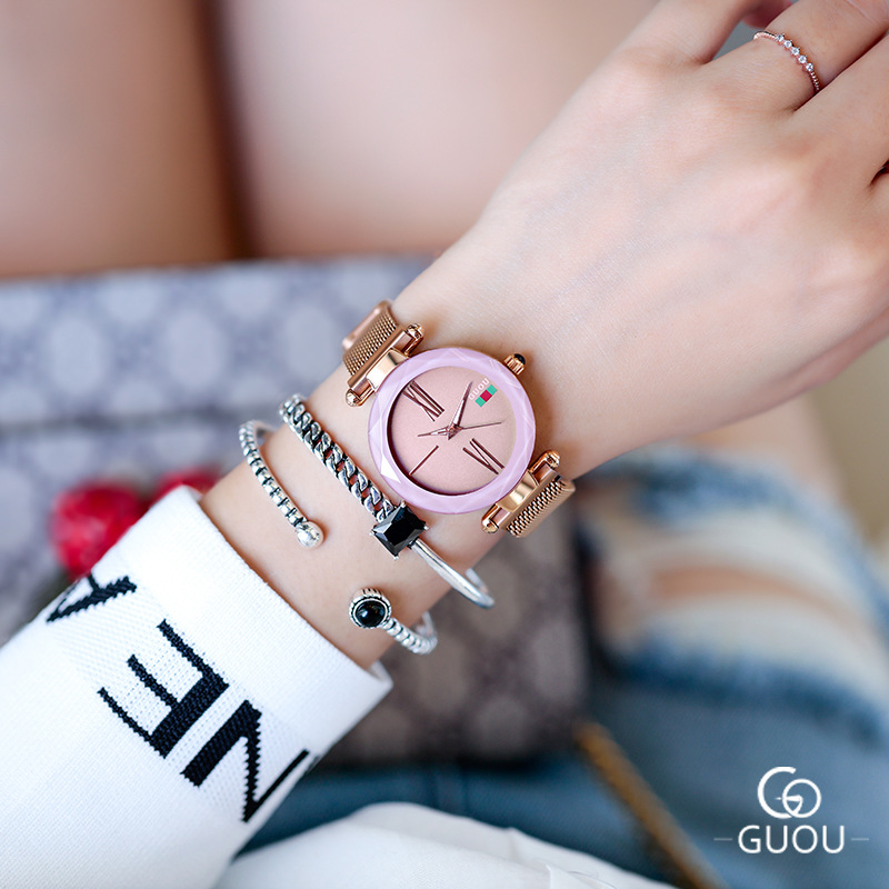 Super Fashion Mesh Band Magnet Buckle Ladies Watches Women Luxury Starry Sky Dial Roman Numerals Quartz WristWatch ClockSuper Fashion Mesh Band Magnet Buckle Ladies Watches Women Luxury Starry Sky Dial Roman Numerals Quartz WristWatch Clock