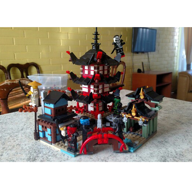 2017 New Movie 737pcs Set Temple Building Blocks Toys Compatible with 70751 Ninja go Kazi 105 Toy Bricks kazi 608pcs pirates armada flagship building blocks brinquedos caribbean warship sets the black pearl compatible with bricks