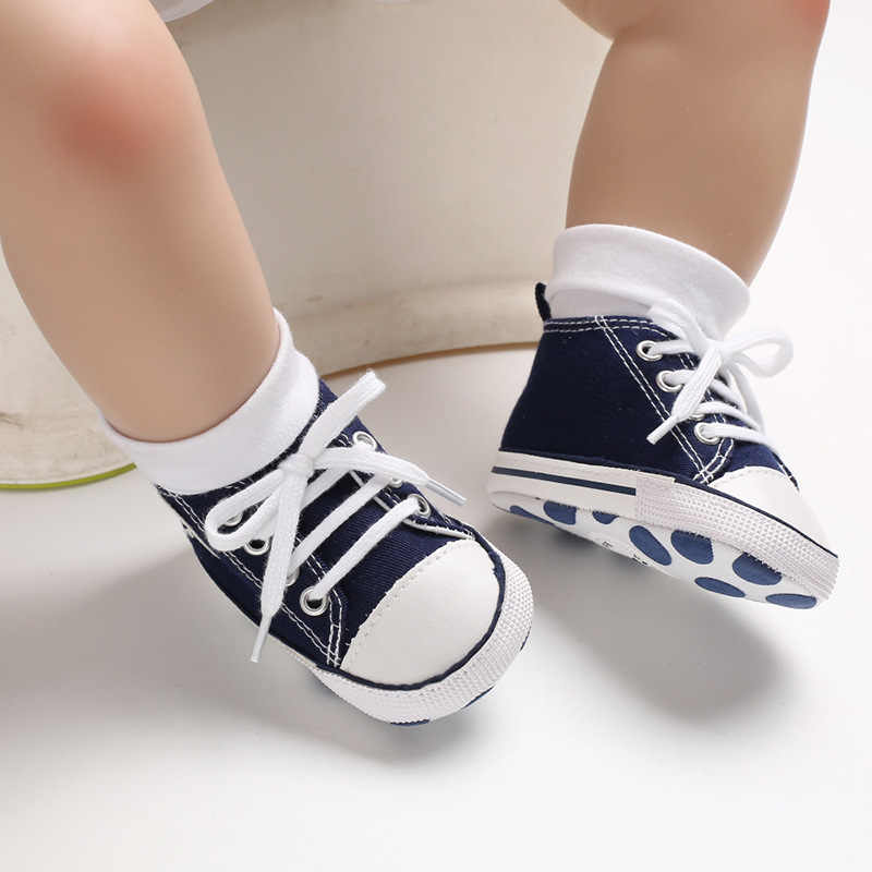 2019 Classic Canvas Newborn Baby Boys Girls First Walkers Toddler Soft Sole Anti-slip Infant Fashion Sneakers Baby Moccasins