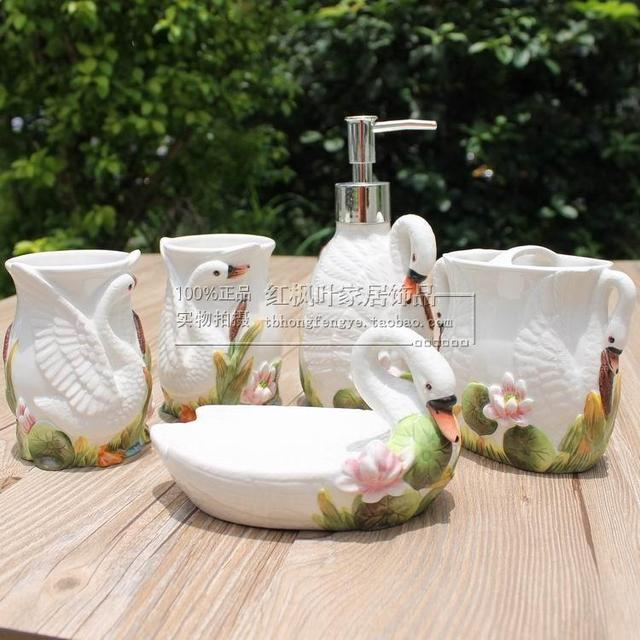 White Swan Ceramic Toothbrush Holder Soap Dish Bathroom Accessories Set Kit  Wedding Home Decor Handicraft Porcelain