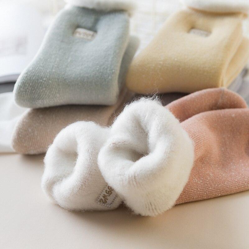 Autumn Winter New Sweet Embroidery Women Socks Warm Hair Velvet Thick Home Floor Socks Fashion Thicker Sleep Socks