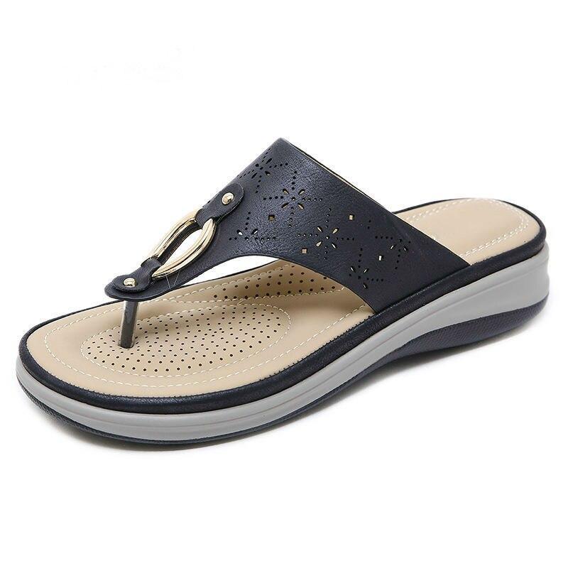2020 Summer Women Slippers Thick Sole Flat Platform Shoes Flip Flops Women Beach Slippers Plus Size 42 A908 4